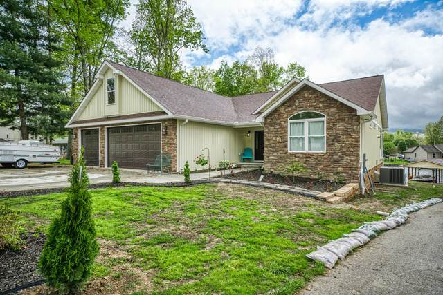 9543 Cherokee Tr, Crossville, TN 38572 (#1152706) :: Shannon Foster Boline Group
