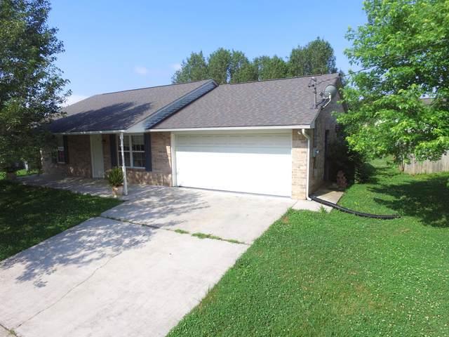 7438 Lyle Bend Lane, Knoxville, TN 37918 (MLS #1156369) :: Austin Sizemore Team