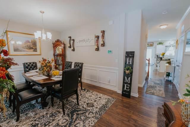 5377 Calvert Lane, Knoxville, TN 37918 (#1157936) :: Tennessee Elite Realty