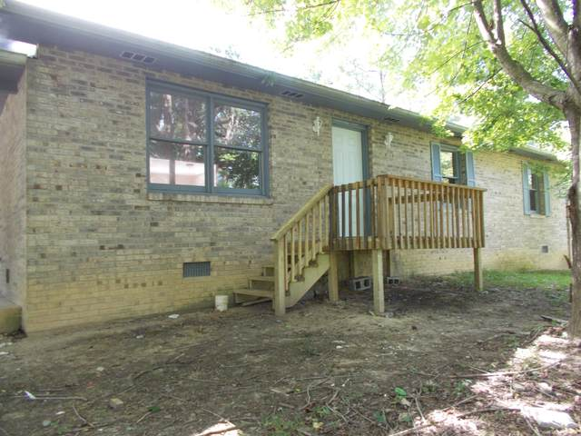 734 S 17th, Middlesboro, KY 40965 (#1158890) :: Billy Houston Group