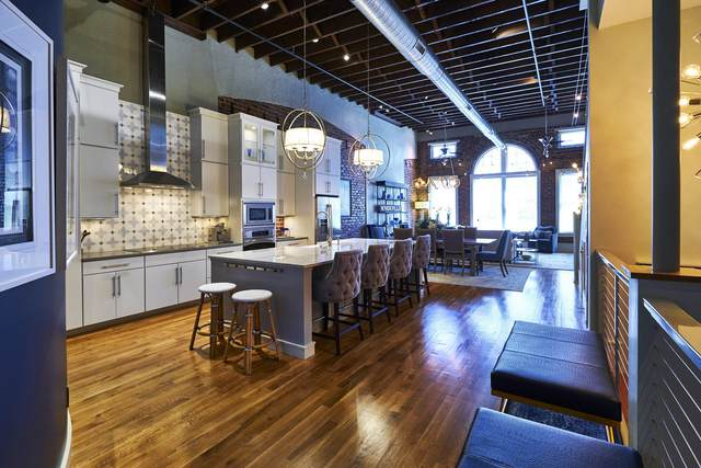 129 S Gay St #301, Knoxville, TN 37902 (#1158939) :: Billy Houston Group