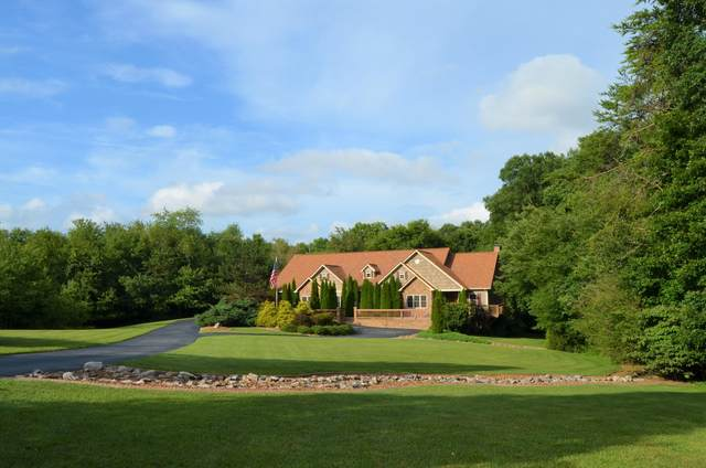 224 N Victor Way, Crossville, TN 38555 (#1161127) :: Shannon Foster Boline Group