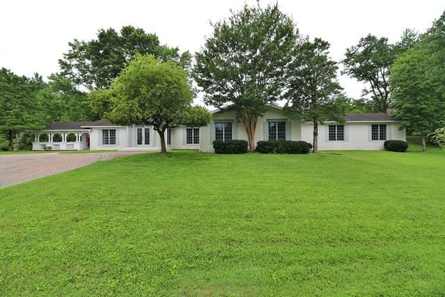 201 E Seneca Circle, Oneida, TN 37841 (#1161474) :: Cindy Kraus Group | Engel & Völkers Knoxville