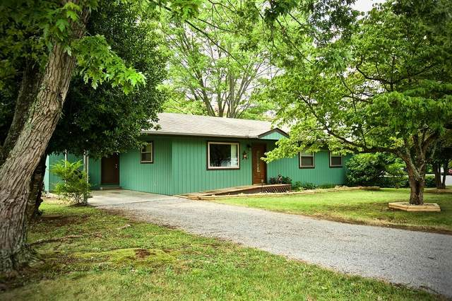 422 Asbury Rd, Pigeon Forge, TN 37863 (#1162142) :: Cindy Kraus Group | Realty Executives Associates