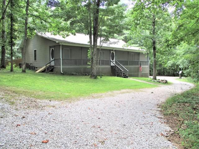 792 Turkey Blind Rd, Crossville, TN 38572 (#1163113) :: Billy Houston Group