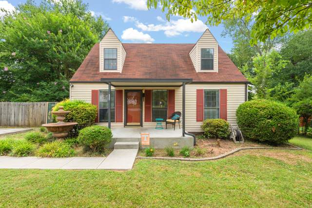 2004 Woodrow Drive, Knoxville, TN 37918 (#1163264) :: Billy Houston Group