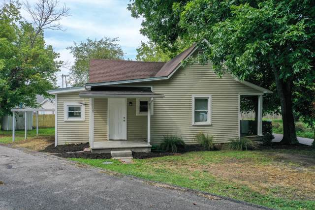 926 Jacksboro Ave, Rocky Top, TN 37769 (#1163291) :: Billy Houston Group