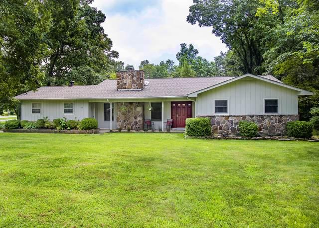 135 Snead Drive, Crossville, TN 38558 (#1163739) :: Catrina Foster Group