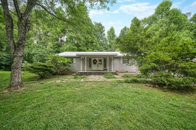 814 Rodgers Rd, Crossville, TN 38572 (#1163999) :: Shannon Foster Boline Group