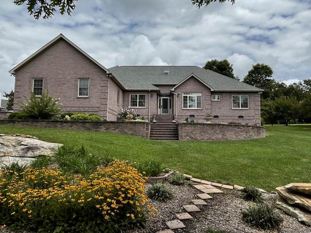 1336 Golf Club Lane, Crossville, TN 38571 (#1164968) :: Shannon Foster Boline Group