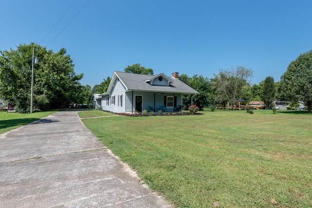 106 Oak St, Greenback, TN 37742 (#1165432) :: Shannon Foster Boline Group
