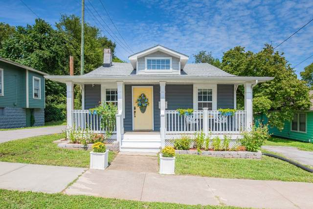 317 E Glenwood Ave, Knoxville, TN 37917 (#1166586) :: Shannon Foster Boline Group