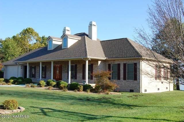 962 Holly Oaks Lane, Dandridge, TN 37725 (#1170795) :: Cindy Kraus Group | Engel & Völkers Knoxville
