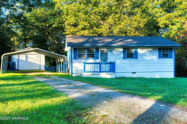 211 Wayne Ave, Crossville, TN 38555 (#1170879) :: Cindy Kraus Group   Engel & Völkers Knoxville
