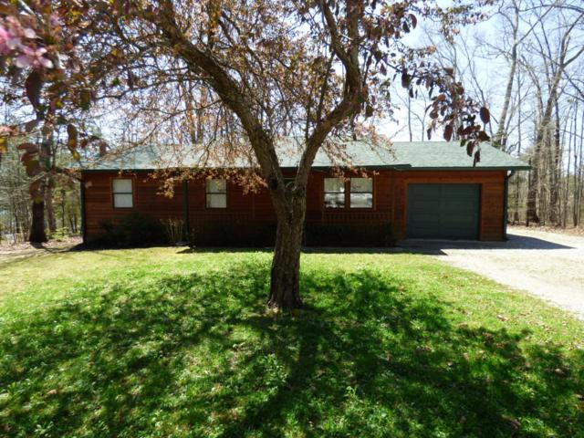 38 Choctaw Lane, Crossville, TN 38572 (#1037992) :: Shannon Foster Boline Group