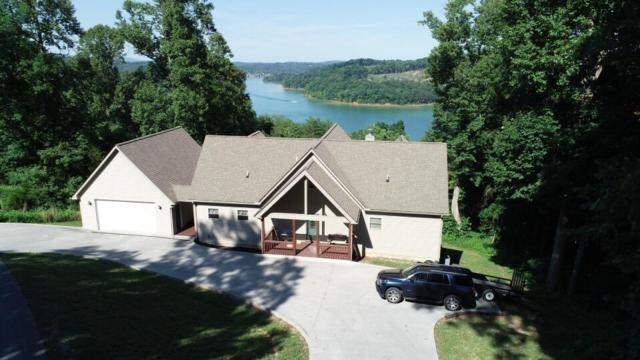120 Holly Lane, LaFollette, TN 37766 (#1045884) :: Shannon Foster Boline Group