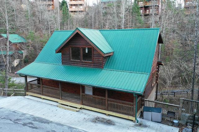 644 Chickasaw Gap Way, Pigeon Forge, TN 37863 (#1066654) :: Billy Houston Group