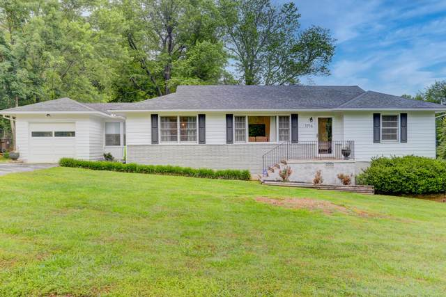1716 Pawnee Rd, Knoxville, TN 37909 (#1118235) :: Billy Houston Group