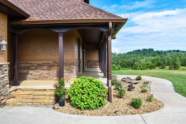 135 Shiners Bluff Drive, Madisonville, TN 37354 (#1124300) :: Shannon Foster Boline Group