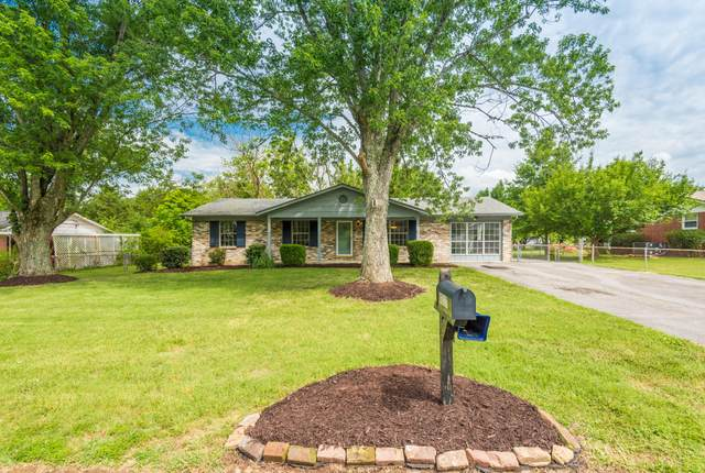 4317 Woodvale Drive, Knoxville, TN 37918 (#1124335) :: Realty Executives