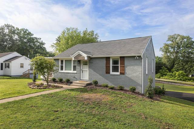 2212 Island Home Ave, Knoxville, TN 37920 (#1155845) :: The Cook Team