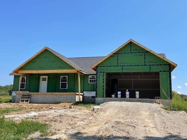 214 Adams Creek Rd, Crossville, TN 38571 (#1165538) :: Catrina Foster Group