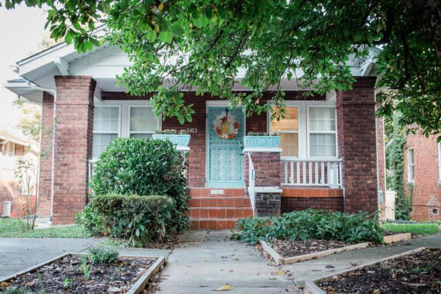 2453 Linden Ave., Knoxville, TN 37917 (#1054337) :: Shannon Foster Boline Group