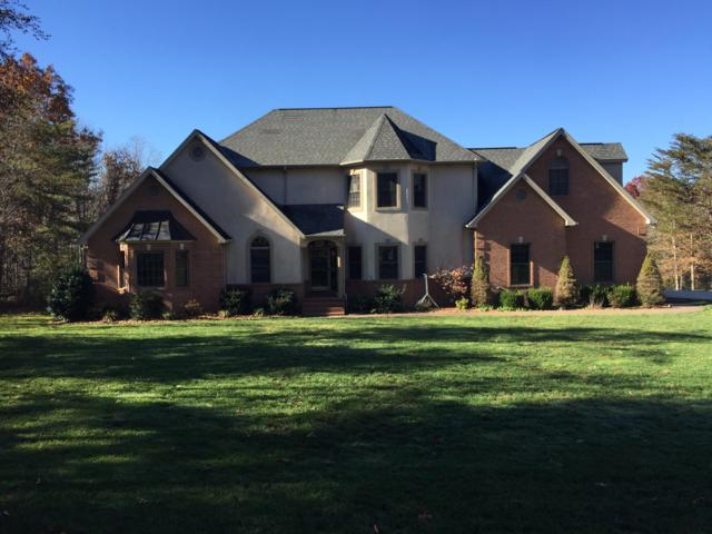209 Magnolia Lane, Crossville, TN 38555 (#1060863) :: Shannon Foster Boline Group