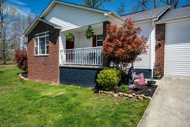 388 Grace Hill Drive, Crossville, TN 38571 (#1113727) :: The Sands Group