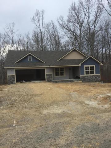 327 E Deer Creek Drive, Crossville, TN 38571 (#1070341) :: Shannon Foster Boline Group