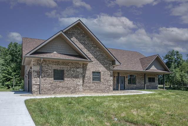 202 Riverview Drive, Crossville, TN 38555 (#1147862) :: Billy Houston Group