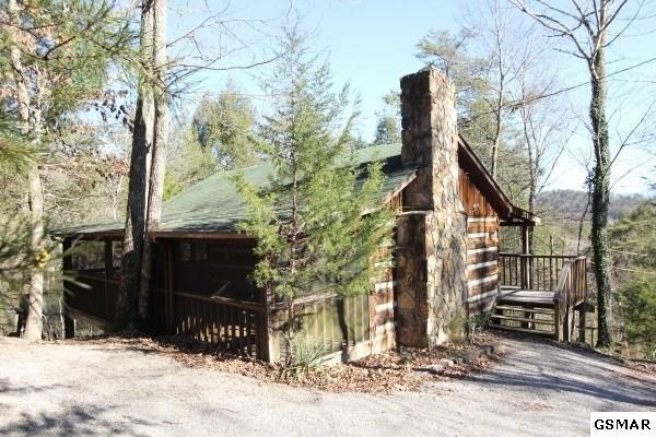 2050 Spotted Fawn Way, Sevierville, TN 37876 (#1013573) :: The Terrell Team