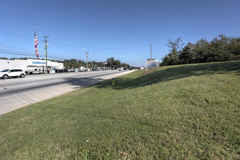 930 Cumberland Drive - Photo 1