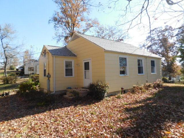 4600 Wren Rd, Knoxville, TN 37918 (#1023116) :: Coldwell Banker Wallace & Wallace, Realtors