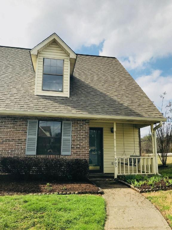 905 Chip Cove Lane, Knoxville, TN 37938 (#1031706) :: Realty Executives Associates