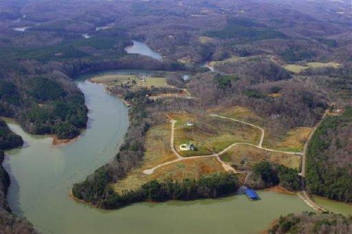 108 Clearwater Cove Drive, Madisonville, TN 37354 (#1035762) :: Billy Houston Group