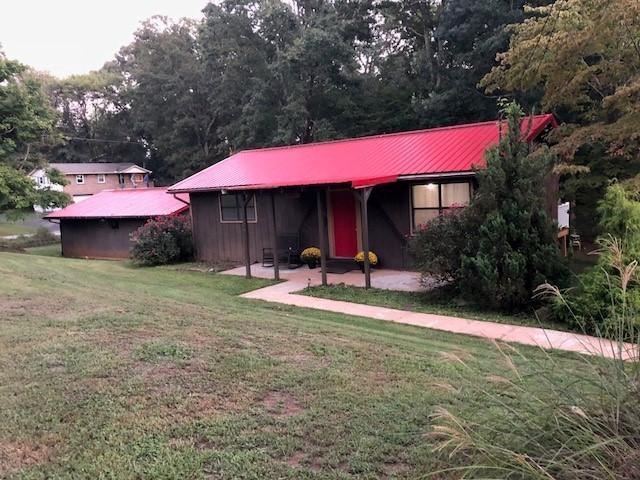 110 Hamilton Ave, Lenoir City, TN 37771 (#1056938) :: Shannon Foster Boline Group