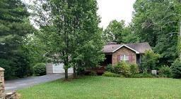 8949 Cherokee Tr, Crossville, TN 38572 (#1056971) :: Billy Houston Group