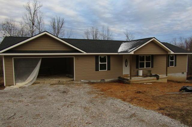 140 Mena Lane, Crossville, TN 38572 (#1064116) :: Billy Houston Group