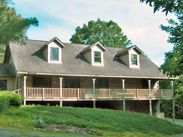 1457 Smithfield Rd, Tellico Plains, TN 37385 (#1067033) :: CENTURY 21 Legacy