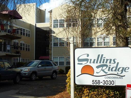 2749 SW Sullins St Apt 211, Knoxville, TN 37919 (#1067966) :: Billy Houston Group