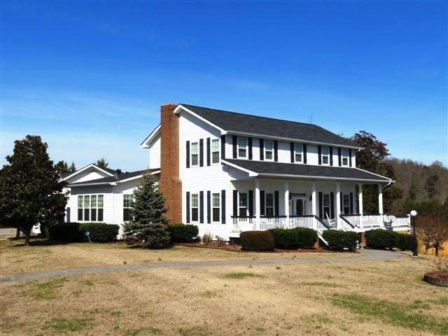 1802 Terry Point Rd., Dandridge, TN 37725 (#1077026) :: SMOKY's Real Estate LLC