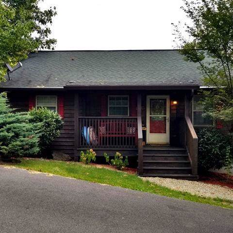236 Tolliver Tr, Townsend, TN 37882 (#1094790) :: SMOKY's Real Estate LLC