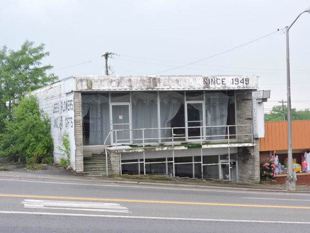 212 S Main St, Crossville, TN 38555 (#1100104) :: SMOKY's Real Estate LLC