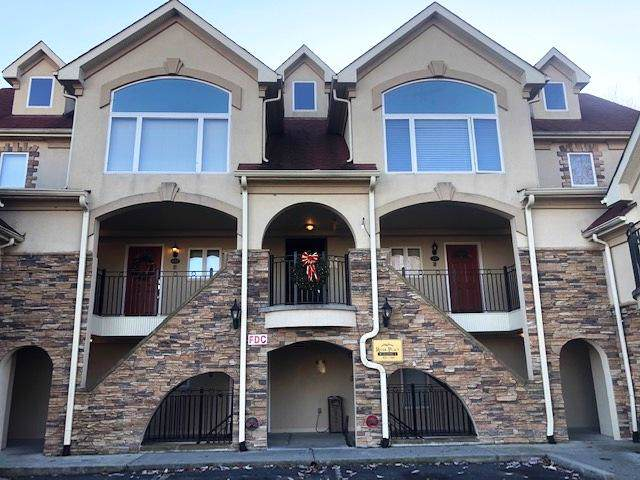 Unit 645 River Place Way, Sevierville, TN 37862 (#1104376) :: The Terrell Team