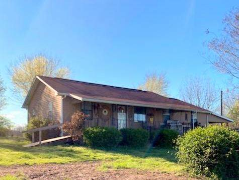 725 Glenlock Rd, Sweetwater, TN 37874 (#1112278) :: Catrina Foster Group