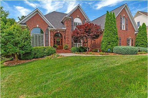 8951 Isherwood Lane, Knoxville, TN 37922 (#1126701) :: Realty Executives