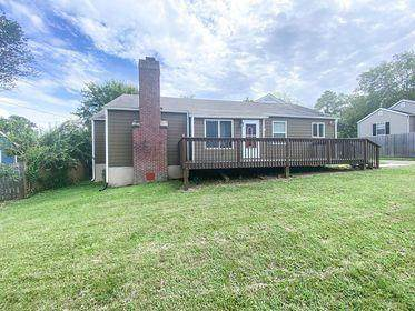 304 Colonial Drive, Knoxville, TN 37920 (#1128208) :: Realty Executives