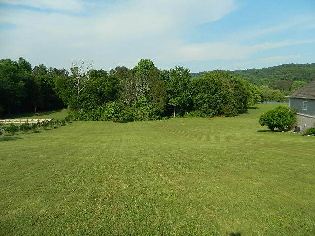 205 Montgomery View Drive, Harriman, TN 37748 (#1129397) :: A+ Team