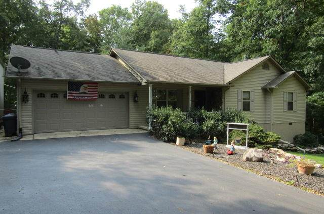 400 Hilltop Drive, Crossville, TN 38555 (#1131768) :: Realty Executives Associates Main Street